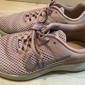 Lavender Nike's. size 8. Worn 5 times or less